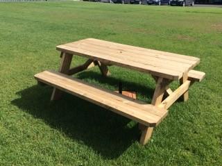 picnicBench4
